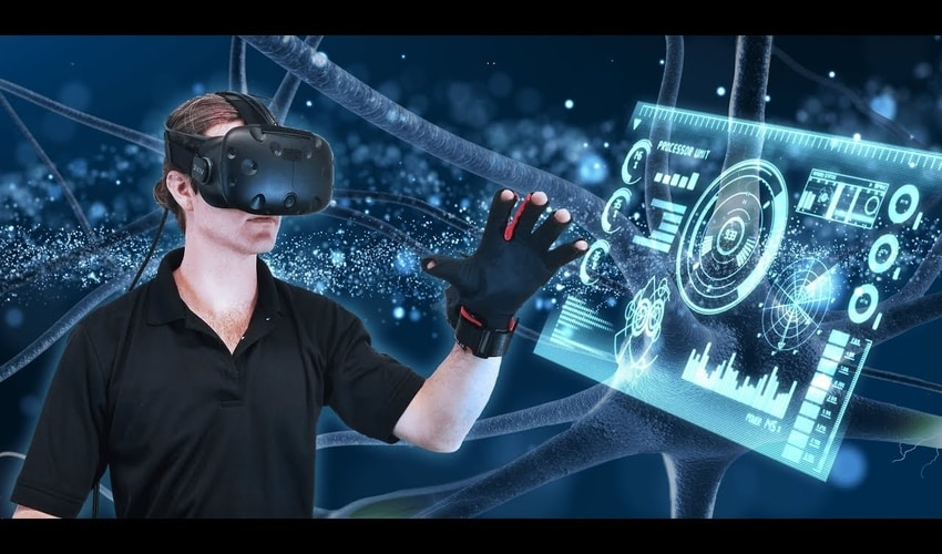 Why is it important to test Virtual Reality Software?